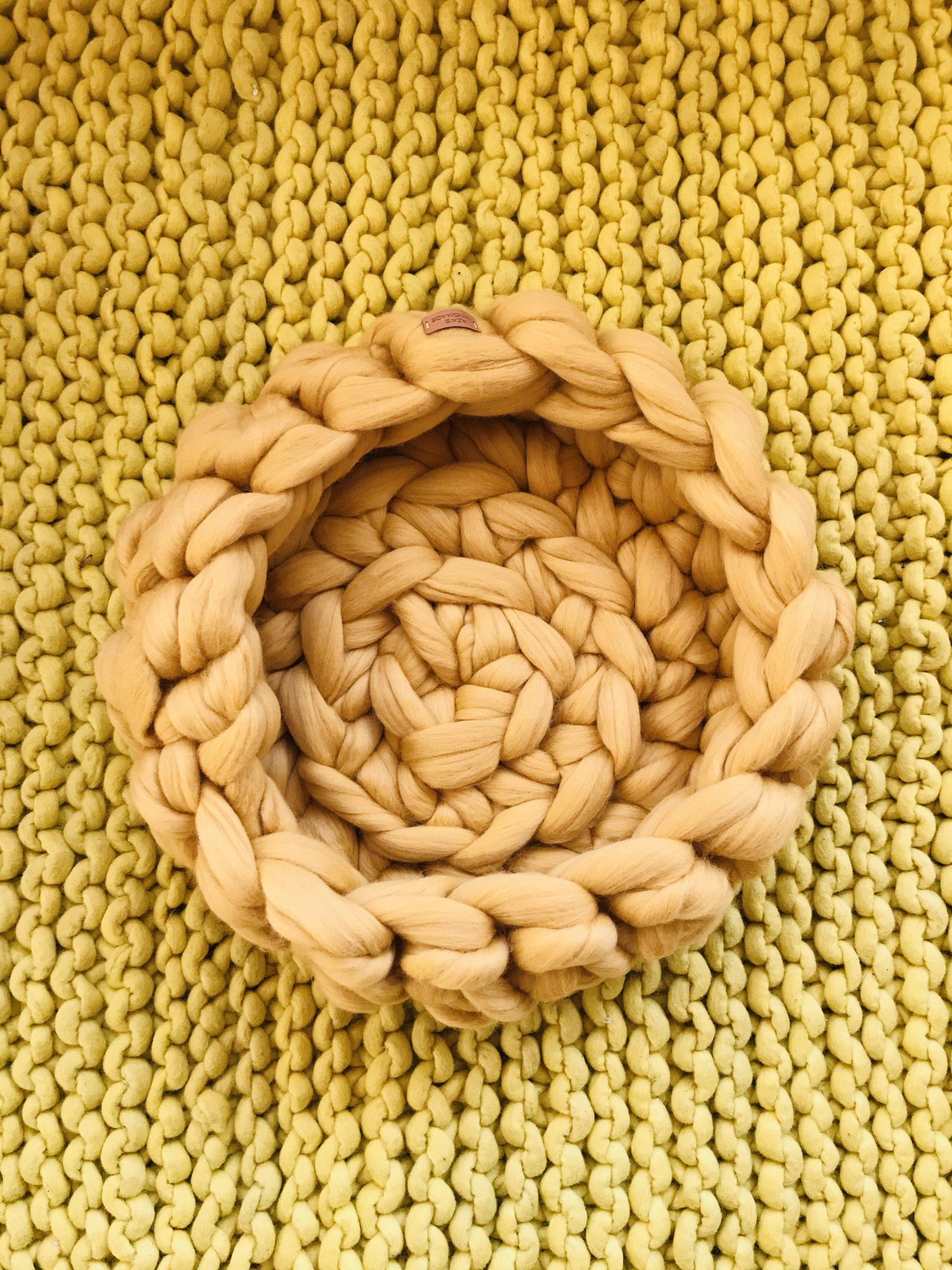 Elluyellow keltainen kori käsityö