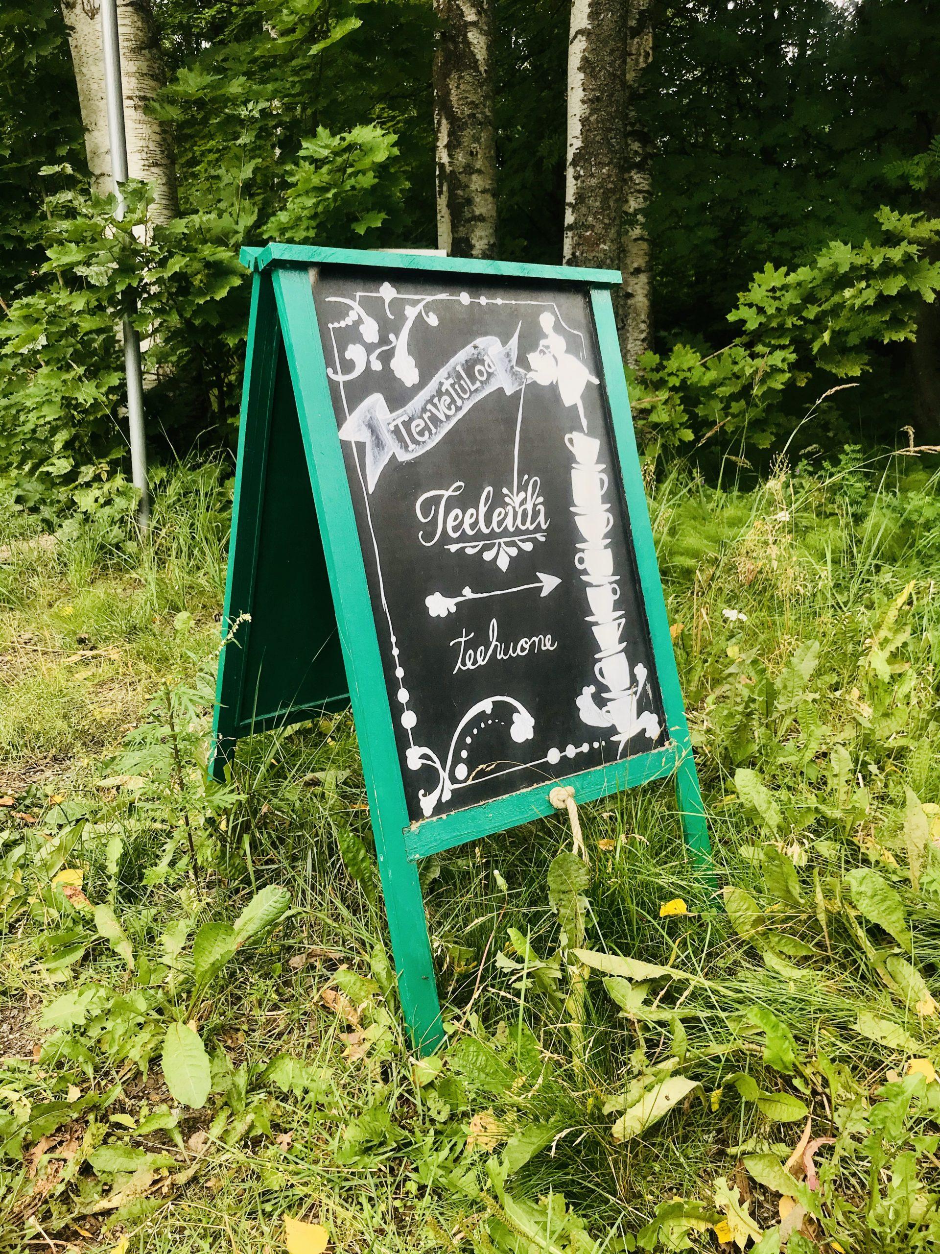 Elluyellow vierailemassa Teeleidissä Jyväskylässä