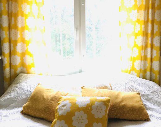 Elluyellow keltainen vintage makuuhuone