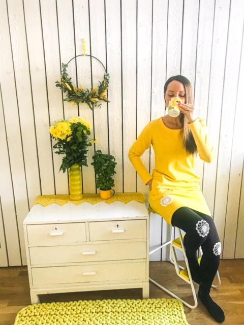 Elluyellow YellowQuu keltaiset naistenvaatteet