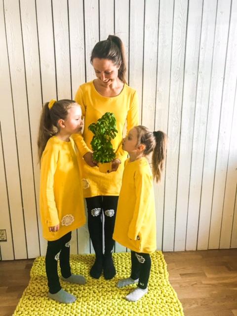 Elluyellow YellowQuu keltaiset lastenvaatteet ja naisten vaatteet