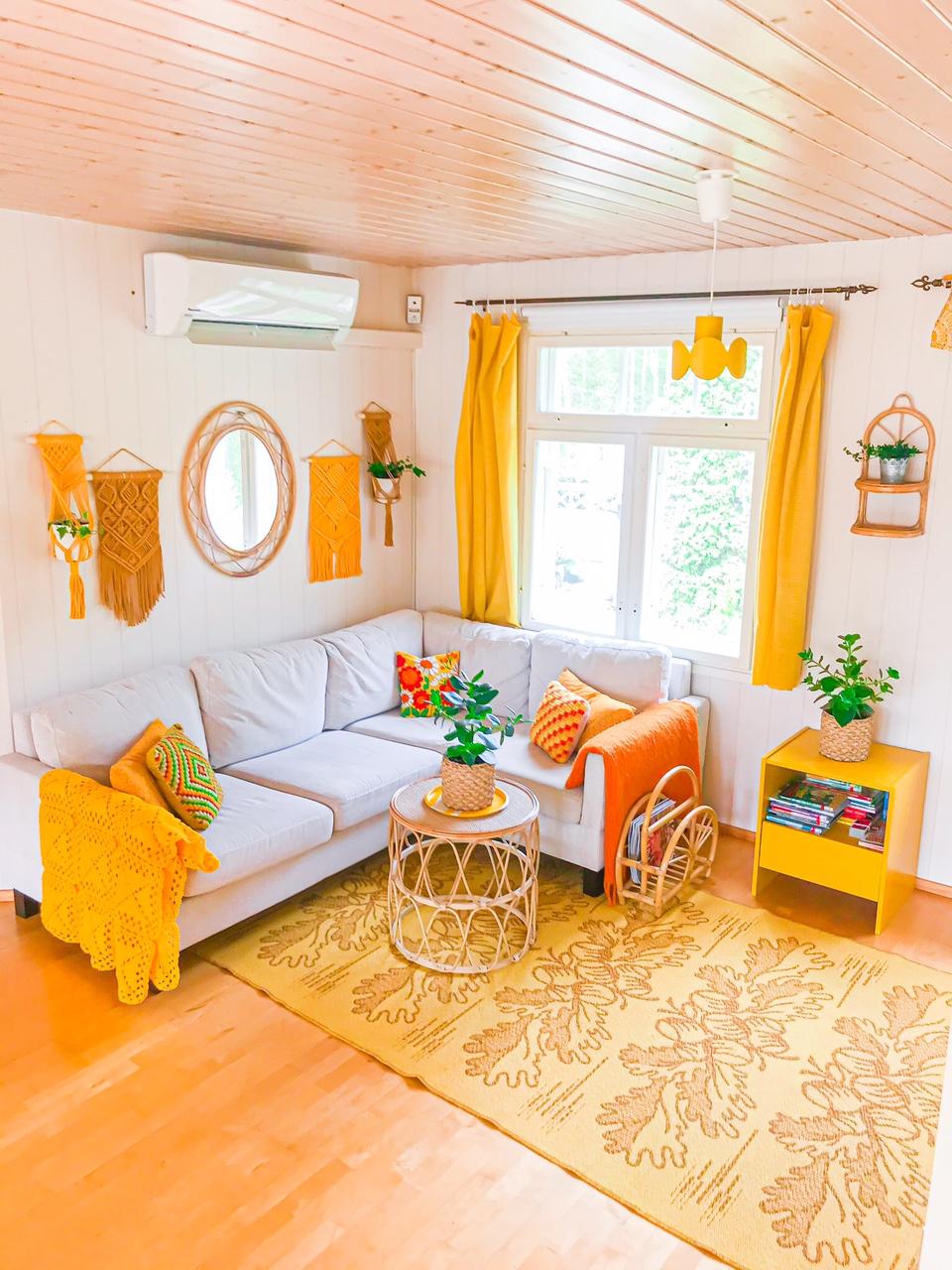 Keltainen olohuone